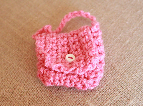 crocheted-mini-keychain-purse-pink