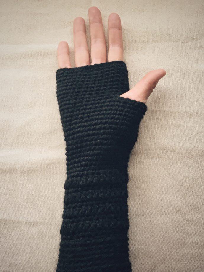 Crocheted Fingerless Gloves (Palm - 2)