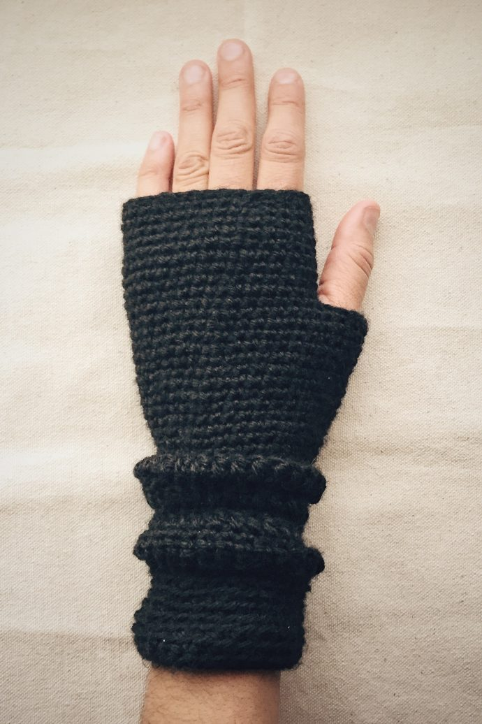 Crocheted Fingerless Gloves (Bunched)